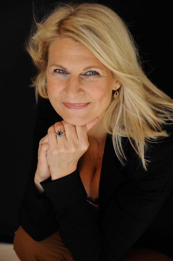 Stylist Dorthe Kleckers - personlig styling & makeup kurser Lyngby